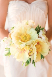 Peony-Wedding-Bouquets-Corbin-Gurkin